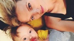 """Znana modelka o synku z zespołem Downa: """"To najpiękniejsza rzecz na świecie bycie mamą, a zwłaszcza bycie mamą takiego synka""""! - miniaturka"""