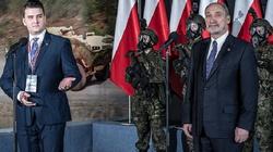 Szef MON: Żołnierze OT będą mieli najnowocześniejsze wyposażenie - miniaturka
