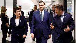 Premier Morawiecki jedzie na Lubelszczyznę pomóc ofiarom wichur - miniaturka
