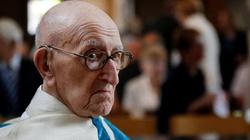 Najstarszy kapłan świata, nie uwierzycie, ile ma lat! - miniaturka