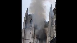 Płonie zabytkowa katedra w Nantes - miniaturka