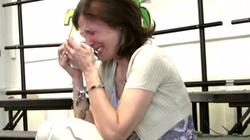 Wzruszające! Uczniowie zaśpiewali piosenkę swojej nauczycielce chorującej na raka - miniaturka