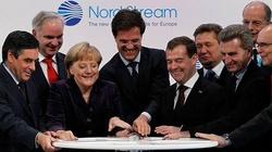 Kuźmiuk: Gigantyczna kara dla jednego z podmiotów finansujących gazociąg Nord  Stream 2 - miniaturka