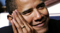 """Barack Obama nosi pierścień z napisem """"Nie ma boga prócz Allaha""""?! - miniaturka"""