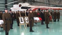 Szef MON: 'Rzeczpospolita wypełniła swój obowiązek'. Polscy bohaterowie wrócili do Ojczyzny! - miniaturka