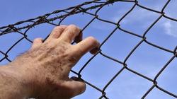 """Tortury, """"wymuszone zniknięcia"""", tajne więzienia. Tak jest teraz na Ukrainie - miniaturka"""