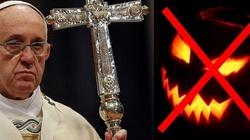 Ks. Tomasz Kancelarczyk dla Fronda.pl: Halloween to korowody trupów, które atakują chrześcijańską tradycję - miniaturka