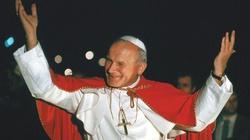 20 lat temu św. Jan Paweł II przestrzegał młodych przed pokusą ,,świeckich mesjanizmów'' - miniaturka