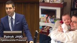 WZRUSZAJĄCE! Znany polityk o synku z zespołem Downa:  Od kiedy mamy Radka, zapukało do naszego domu nowe szczęście! - miniaturka