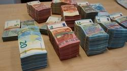 Cela plus! 13 oskarżonych, 54 mln zł strat dla budżetu państwa w tzw. karuzeli vatowskiej - miniaturka