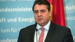 Niemiecki minister chce armii europejskiej i odchudzenia KE - miniaturka