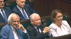 Nowy sondaż: PiS wciąż na czele!!! - miniaturka