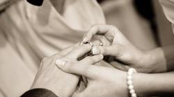 O. Jacek Salij OP: Czy katolik może wziąć ślub z osobą niewierzącą? - miniaturka