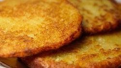 U nas dziś na podwieczorek placki kartoflane z cukrem - miniaturka