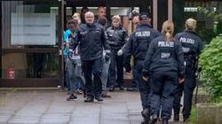 Hamburg: ostre starcie policji z imigrantami - miniaturka
