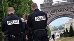 Francuzi rozbudowują więzienia z obawy przed radykalizacją więźniów - miniaturka