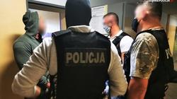 Rozbito grupę przestępczą handlującą sterydami i narkotykami - miniaturka