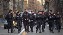 Policja skonfiskowała centrum handlowe - miniaturka