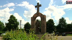 Francja: Abp d'Ornellas potępia usunięcie pomnika Jana Pawła II   - miniaturka