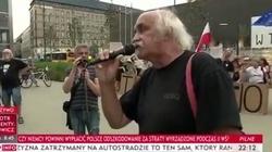 Działacz KOD stawia opór propagandzie Kurskiego... Jarosława - miniaturka