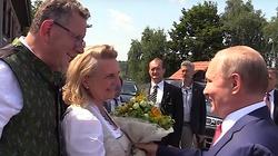 Marek Budzisz: Upodlające lizusostwo austriackiej minister wobec Putina - miniaturka