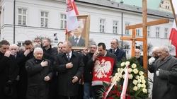Uczczono pamięć ofiar katastrofy smoleńskiej - miniaturka