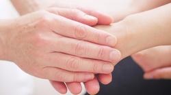 Ręce, które leczą? Bioenergoterapii unikaj... jak samego diabła! - miniaturka