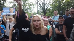 Elektorat Trzaskowskiego na wiecu: ,,Je**ć Dudę'' [WIDEO] - miniaturka