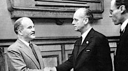Pakt Ribbentrop-Mołotow i kolejne kłamstwa Kremla. Jest odpowiedź polskiego MSZ - miniaturka