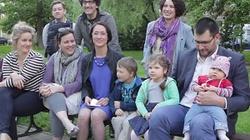 Cała rodzina Komorowskiego wychodzi z cienia - by ratować kandydaturę Bronisława - miniaturka