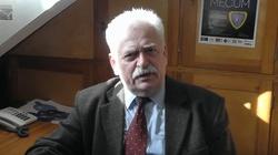 Prof. Romuald Szeremietiew dla Frondy: Wycofanie wojsk USA z Syrii. Majstersztyk czy błąd? - miniaturka