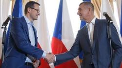 Spotkanie z premierem Czech, a później...  wspólne piwo. Premier Morawiecki w Czechach - miniaturka
