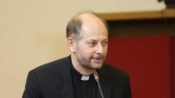 Rzecznik Episkopatu: Episkopat nie zajął stanowiska w sprawie projektu ustawy Stop LGBT - miniaturka
