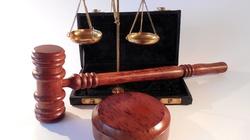 Projekt PiS w sprawie sądów przyjęty. Opozycja bojkotuje głosowanie - miniaturka