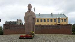 Al. Strajku Kobiet zamiast al. Jana Pawła II? Partia Razem składa petycje  - miniaturka