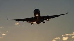 Rosyjskie wojska u granic Ukrainy. USA zalecają samolotom szczególną ostrożność - miniaturka