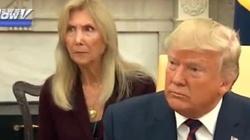 Ten żart Donalda Trumpa skonsternował tłumaczkę - miniaturka