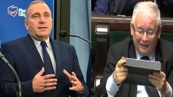 Schetyna o wejściu prezesa PiS do rządu: ,,wynika ze strachu i braku zaufania'' - miniaturka