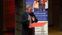 Prof. Bohdan Szklarski dla Frondy: Trump strzelił sobie w stopę! - miniaturka