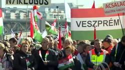 Tłumy na ulicach Budapesztu. ,,Bruksela powinna zrozumieć, że nawet komuniści nas nie pokonali'' - miniaturka