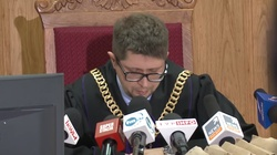 Ale wpadka! Sędzia Łączewski na okładce Wyborczej hitem internetu.  - miniaturka