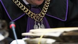 I co, totalni?! Polacy nie chcą bezkarnej sędziowskiej 'kasty' - miniaturka