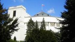 Ostatni dzień posiedzenia Sejmu przed parlamentarnymi wakacjami. Co czeka posłów? - miniaturka