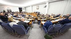 Senat jednogłośnie przeciw kłamstwom Kremla - miniaturka
