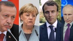 Oto kwintesencja hipokryzji na jednym zdjęciu. Merkel i Macron trzymają się za ręce z Erdoganem i Putinem [ZOBACZ] - miniaturka