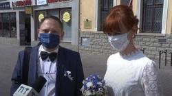 Koronapanika: ,,Jak nie może być wesela to nie bierzemy ślubu'' - miniaturka