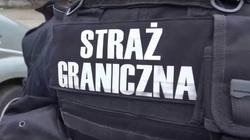 Uchodźcy wtargnęli do Polski. Ukrywali się pod podwoziem autokaru - miniaturka