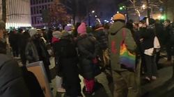 Strajk Kobiet. Policja zatrzymała 3 osoby, które wtargnęły do TK - miniaturka