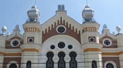 Gdynianin obnażał się pod synagogą i obrażał kobiety - miniaturka