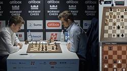 Brawo Polska! Duda pokonał szachowego mistrza świata - miniaturka